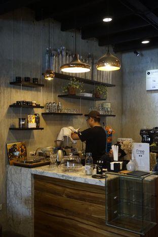 Foto 8 - Interior di Manhattan Coffee oleh yudistira ishak abrar