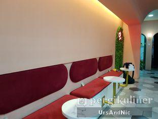 Foto 6 - Interior di Deja Coffee & Pastry oleh UrsAndNic