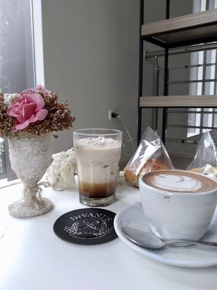 Foto 3 - Makanan di Divani's Boulangerie & Cafe oleh Prido ZH