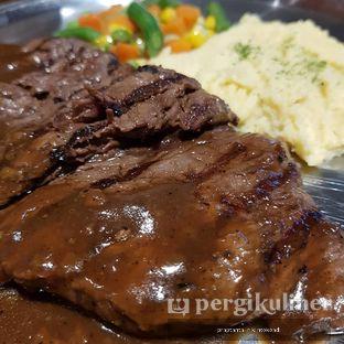 Foto 1 - Makanan di Jumbo Eatery oleh praptanta rikintokoadi