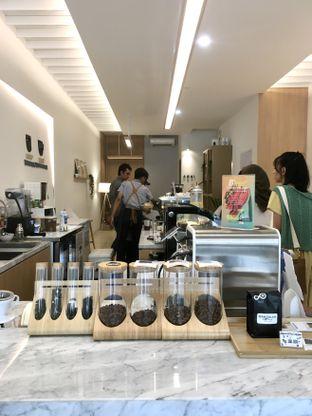 Foto 25 - Interior di Aiko Coffee oleh Prido ZH