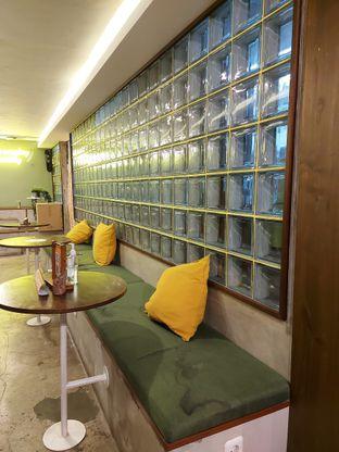 Foto 2 - Interior di Burgreens Express oleh Mouthgasm.jkt