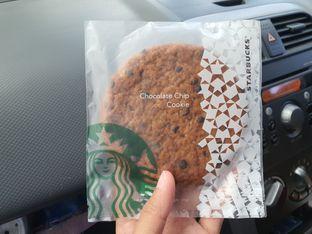 Foto 2 - Makanan di Starbucks Coffee oleh Amrinayu