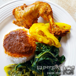 Foto 4 - Makanan(Nasi ayam bakar) di RM Tanjung Baru oleh Jajan Diary