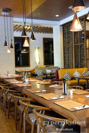 Foto 8 - Interior di Green Canyon Urban Dining - The Alana Hotel Sentul City oleh Darsehsri Handayani