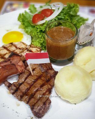 Foto 1 - Makanan di Justus Steakhouse oleh @mizzfoodstories