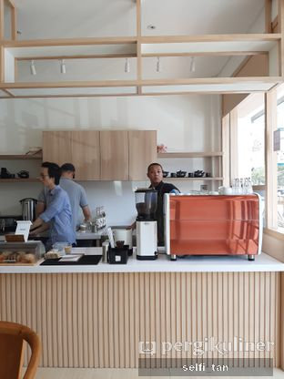 Foto 2 - Interior di Cafe Kumo oleh Selfi Tan