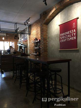 Foto Interior di Anomali Coffee