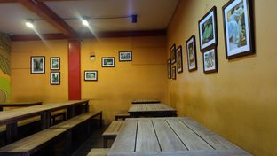 Foto 5 - Interior di Bamboo Dimsum oleh Sharima Umaya