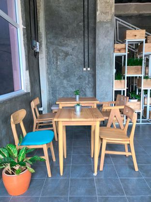 Foto 9 - Interior di Monty's Kitchen & Coffee oleh yudistira ishak abrar