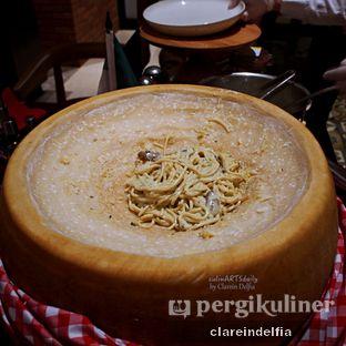Foto 8 - Makanan di Sapori Deli - Fairmont Jakarta oleh claredelfia
