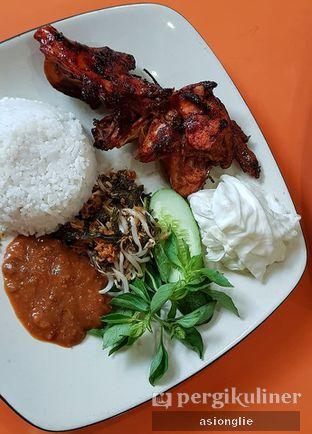 Foto 3 - Makanan di Ayam Bakar Madiun oleh Asiong Lie @makanajadah