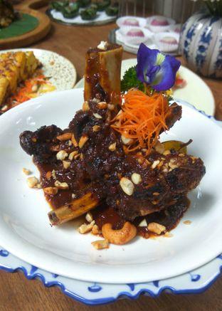 Foto 7 - Makanan(Iga Bakar Bumbu Rujak) di Blue Jasmine oleh Renodaneswara @caesarinodswr
