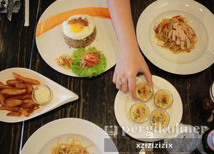 Foto 4 - Makanan di The Socialite Bistro & Lounge oleh zizi