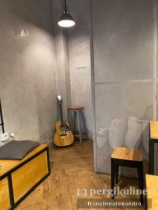 Foto 3 - Interior di Emmetropia Coffee oleh Francine Alexandra