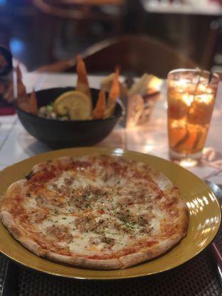 Foto 1 - Makanan di Volare oleh @Perutmelars Andri