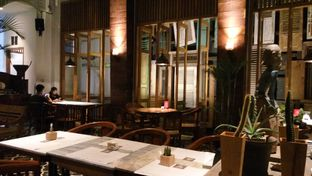 Foto 9 - Interior di Braga Art Cafe oleh Fadhlur Rohman