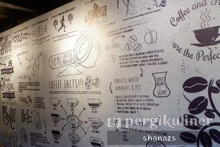Foto 2 - Interior di Kopi Boutique oleh Shanaz  Safira