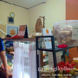 Foto 5 - Interior di Warung Ce oleh @NonikJajan