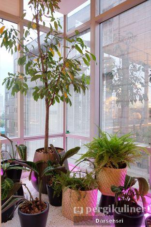 Foto 4 - Interior di Lumine Cafe oleh Darsehsri Handayani