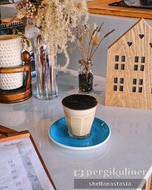 Foto 2 - Makanan(Tiramissu Latte) di Little M Coffee oleh Shella Anastasia