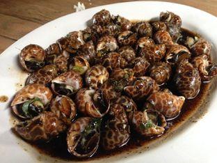 Foto 8 - Makanan(Kerang Macan Saus Lada Hitam) di Bandar Djakarta oleh awakmutukangmakan