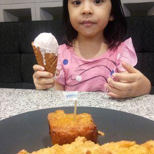 Foto - Makanan di YOMS Pisang Madu & Gorengan oleh Chelsea ECY music