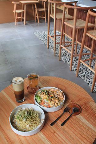 Foto 1 - Makanan di Bukan Ruang oleh Prido ZH