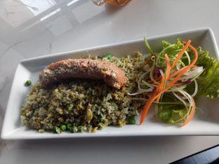 Foto 1 - Makanan di ROOFPARK Cafe & Restaurant oleh Namira