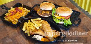 Foto - Makanan di FIX Burger oleh Ivan Setiawan