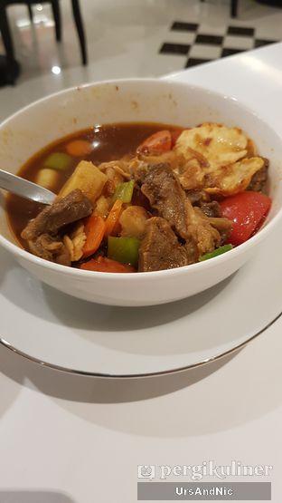 Foto 2 - Makanan di Henis oleh UrsAndNic