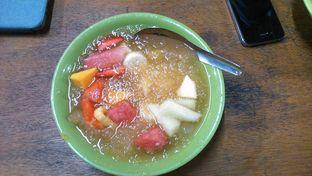 Foto 3 - Makanan(Sop Buah Kuah Jeruk) di Lussie Juice and Sop Buah oleh Eunice