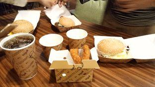 Foto 1 - Makanan di BurgerUP oleh Yovita Windy