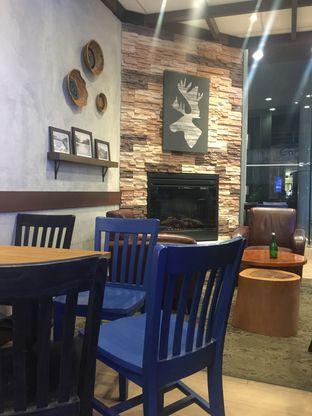 Foto 6 - Interior di Caribou Coffee oleh Ardelia I. Gunawan