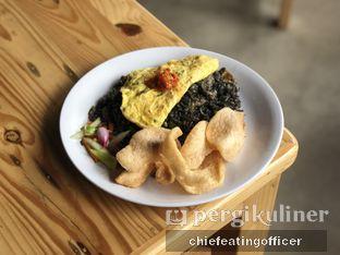 Foto 1 - Makanan(Nasi Goreng Cumi Hitam) di Warung Asik 18 oleh Cubi