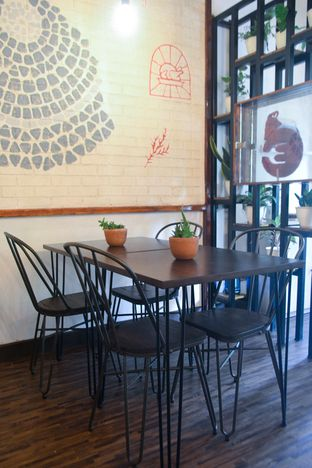 Foto 3 - Interior di Ciknic Roast Chicken oleh IG: biteorbye (Nisa & Nadya)