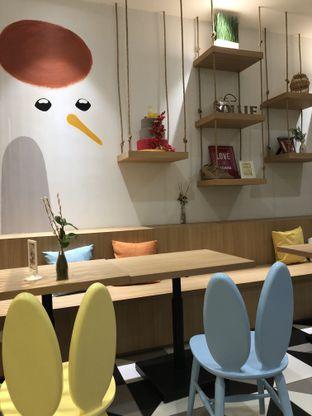 Foto 4 - Interior di Sollie Cafe & Cakery oleh Windy  Anastasia