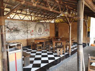 Foto 9 - Interior di 372 Kopi oleh imanuel arnold