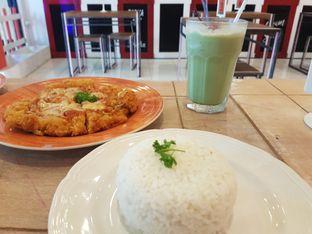 Foto 1 - Makanan(Buffalo katsuzza) di Meat Me Sio feat Sayapan Resto oleh makaninfoto