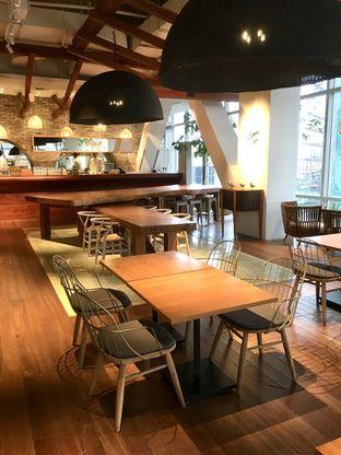 Foto 9 - Interior di Lumine Cafe oleh Prido ZH