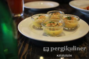 Foto 1 - Makanan(Escargot) di The Socialite Bistro & Lounge oleh zizi