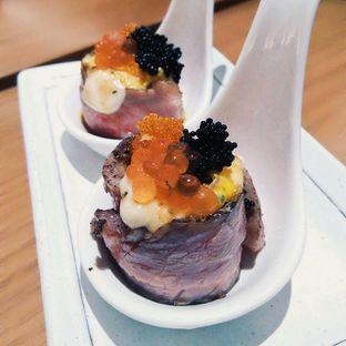Foto 1 - Makanan di Sushi Matsu - Hotel Cemara oleh Barry Baldemar