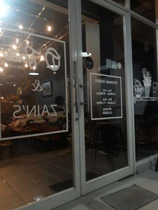 Foto 4 - Interior di Typica Coffee & Zain's Kitchen oleh Mouthgasm.jkt