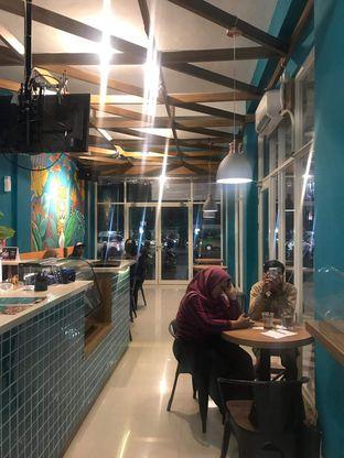Foto 8 - Interior di Paradox Cafe oleh Hikmaayu 10