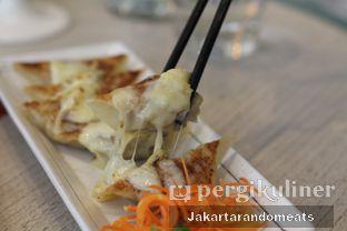 Foto 15 - Makanan di Gyoza Bar oleh Jakartarandomeats