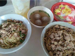 Foto - Makanan di Bakmie Ikin Pulomas oleh Review Dika & Opik (@go2dika)