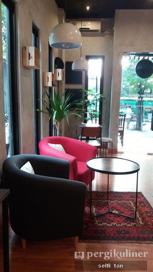 Foto 7 - Interior di Diskusi Kopi dan Ruang Berbagi oleh Selfi Tan