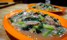 Kwetiaw Sapi Seafood Akhiang 79