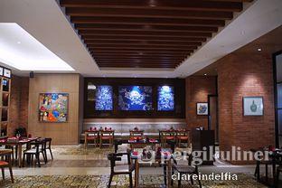 Foto 4 - Interior di Sapori Deli - Fairmont Jakarta oleh claredelfia