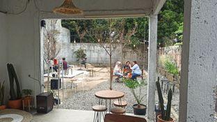 Foto 7 - Interior di Signal Coffee oleh Rachmat Kartono